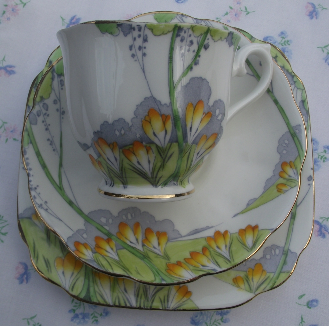 Royal Albert Crown China Autumn Crocus