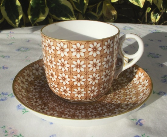 Crown Derby Daisy Demitasse