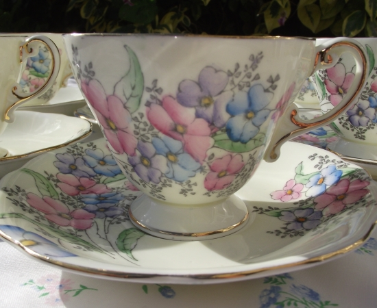 Foley Floral Teacup Set
