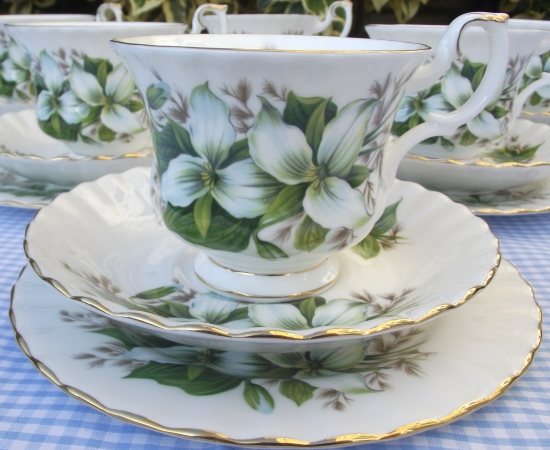 Royal Albert Trillium Teacup Set