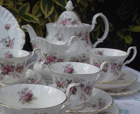 Royal Albert Lavender Rose Double Tea Set
