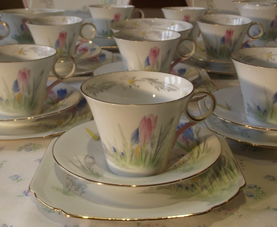 Shelley Crocus Double Tea Set