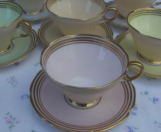 Paragon Harlequin Teacup Set