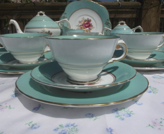 H M Sutherland Tea Set (Display Only)