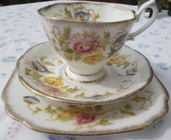 Royal Albert Anemone Handpainted Trio