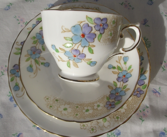 Tuscan Handpainted Forget-Me-Not Trio
