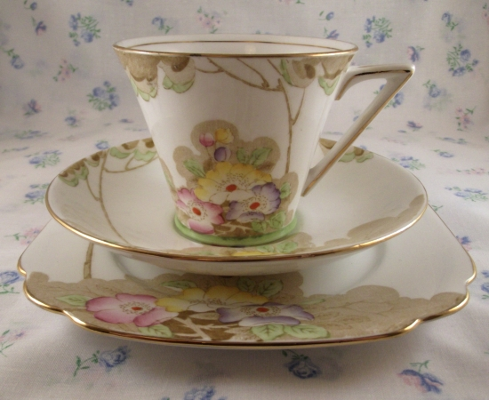 Standard China Woodland Art Deco Trio