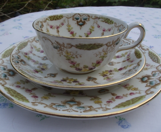 Royal Albert Crown China Garland Trio