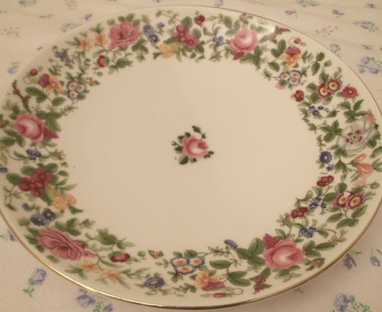 Crown Staffordshire Thousand Flowers Cake Plate