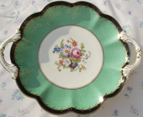 Crescent Black and Green Cake Plate