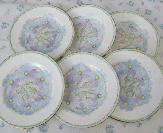 Tuscan China Handpainted Daisy Set of 6 Tea Plates