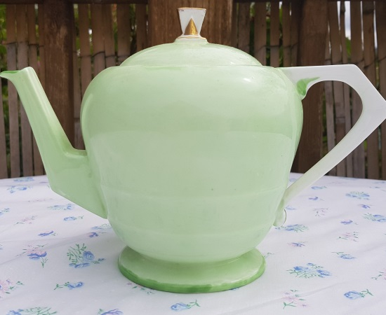 Paragon Green Art Deco Teapot